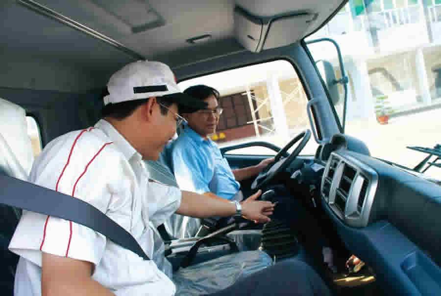những kinh nghiệm học bằng lái xe ô tô hạng B2